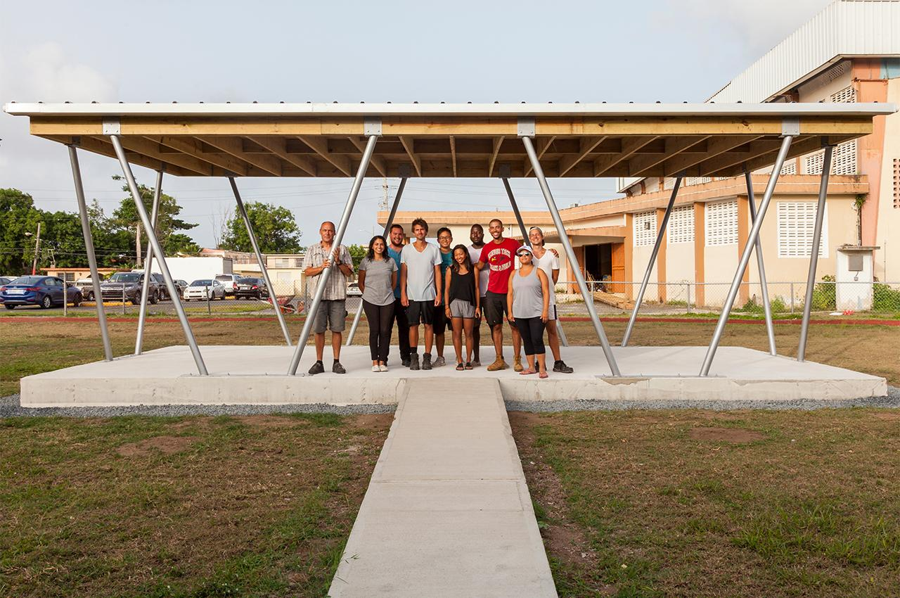Design/Build Studio Creates Community Space for Puerto Rican Town