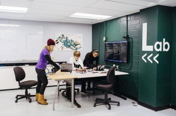 Illinois Tech's Smart Tech Lab Installs Innovative Lighting and Control Solution